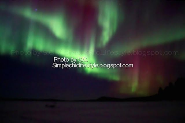 Simple Chic Lifestyle: A Sky Full of Colors - Under the Aurora