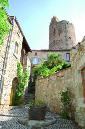 Montpeyroux Escalier Vue Tour - FRANCE
