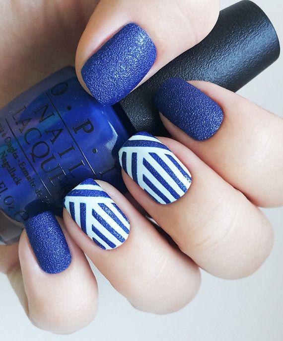 The Unail Nail Stencil Set – Weaving Lines pattern design. Unail Stencil  Set – is - The 25+ Best Line Nail Art Ideas On Pinterest Line Nail Designs