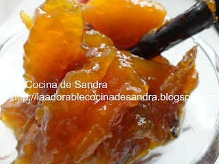 Dulce de Lechoza (  Sweet Papaya)    http://laadorablecocinadesandra.blogspot.com/search?updated-max=2012-09-26T22:32:00-04:00
