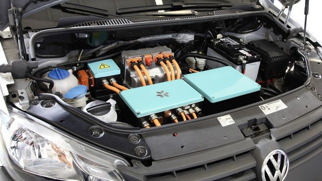 Három testvér úgy döntött, olyan jó akkumulátorokat gyártanak, mint a Tesla