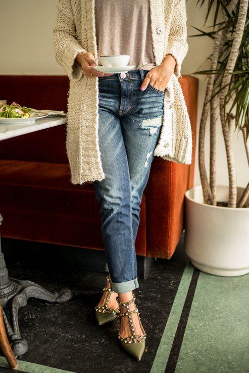 Boyfriend jeans & rockstud flats - Gal Meets Glam