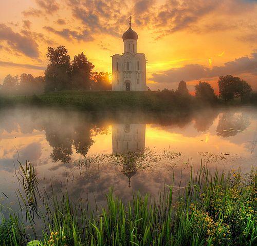 Фотограф Гордеев Эдуард - церковь Покрова на Нерли... #1782288. 35PHOTO