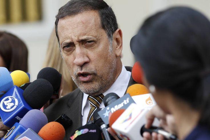 """José Guerra: Eliminar el dólar de 10 Bs es una devaluación -  El economista y diputado a la Asamblea Nacional (AN),José Guerra,considera que el anuncio delBanco Central de Venezuela (BCV) de derogar la tasa de cambio de 10 bolívares por dólares una devaluación significativa. """"Casi el 70% de las importaciones se realizaron a tasa de 10 aunque los produc... - https://notiespartano.com/2018/01/30/jose-guerra-eliminar-dolar-10-bs-una-devaluacion-mas/"""