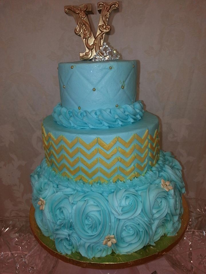 baby blue and gold wedding cake 1000 ideas about teal gold wedding on teal 10991