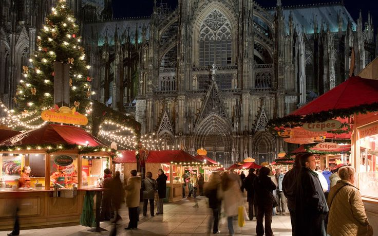 Christmas in Germany - Medieval Lights and Markets in Cologne