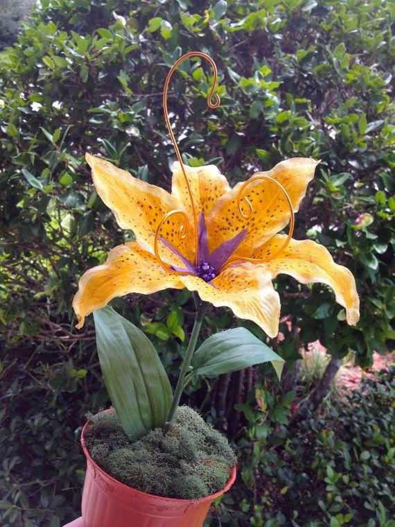 Rapunzel Tangled Magic Golden Flower Flower by LolericaCreations, $30.00  I'd probably kill it