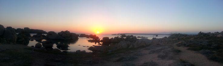 Couchers de soleil en Corse à bord de nos voiliers - Location voilier Corse - http://www.voilier-luckystar.com/couchers-de-soleil-corse-a-bord-de-voiliers/