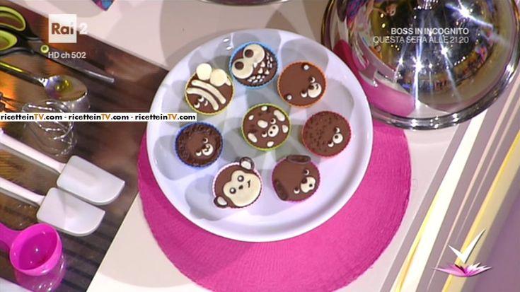 """""""Detto Fatto"""": la ricetta dello zoo goloso di Giulia Vaiana del 24 gennaio 2017. Dei dolcetti al cioccolato a forma di simpatici animaletti."""