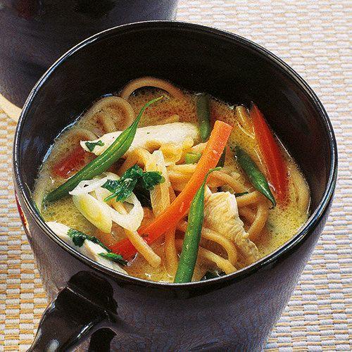 Thaise kippensoep van Tana Ramsay - recept - okoko recepten