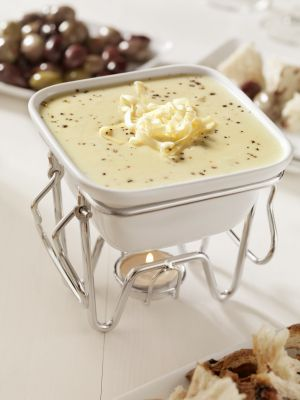 Mozzarella Fondue Recipe | sonsiLiving