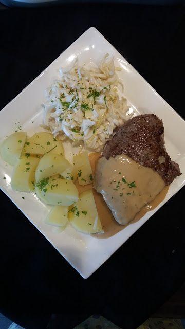 Dominique's kitchen: Steak met pepersaus, witlof en aardappelen - Steak...