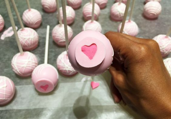 The Newest Trend in Cake Pops — Revealed!