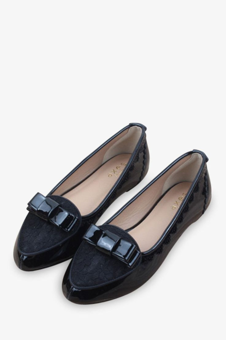 Lace Flat Shoes In Black