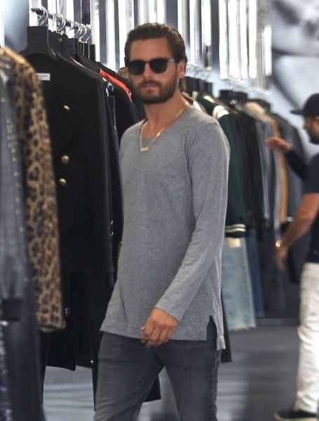 Scott Disick Photos Photos - Reality star Scott Disick is spotted out and about…