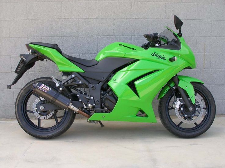 Kawasaki Ninja 250R - https://plus.google.com/101705772606589321660/posts/4G8Rmz8uXyB