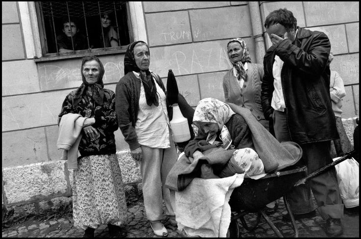 BOSNIA. Travnic. 1993. Refugees from Banja Luca.