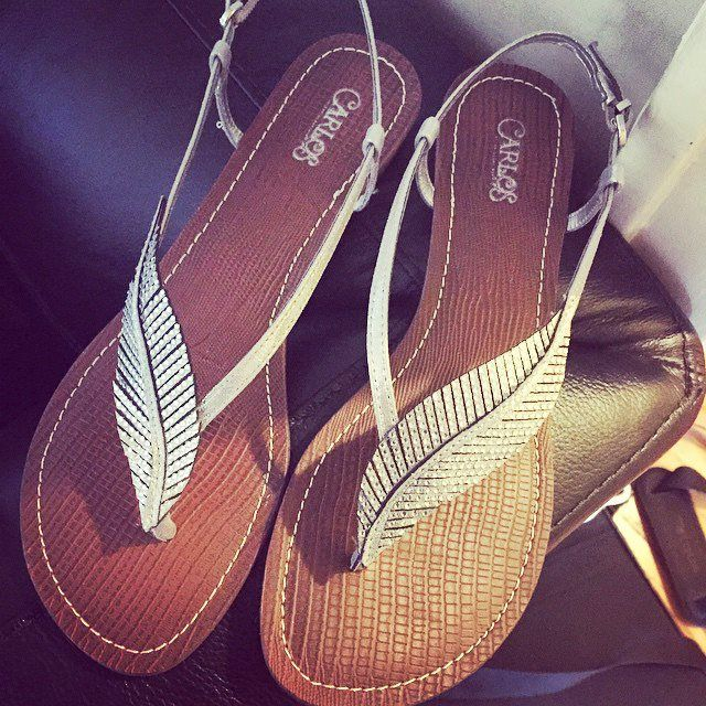 Beautiful sandals, so much personality! Find your Inspiration @ #DapperNDame Pinterest. dapperanddame.com