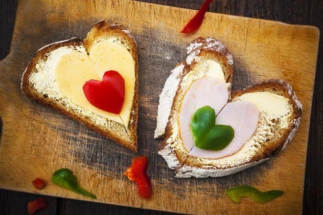 kanapki z sercami