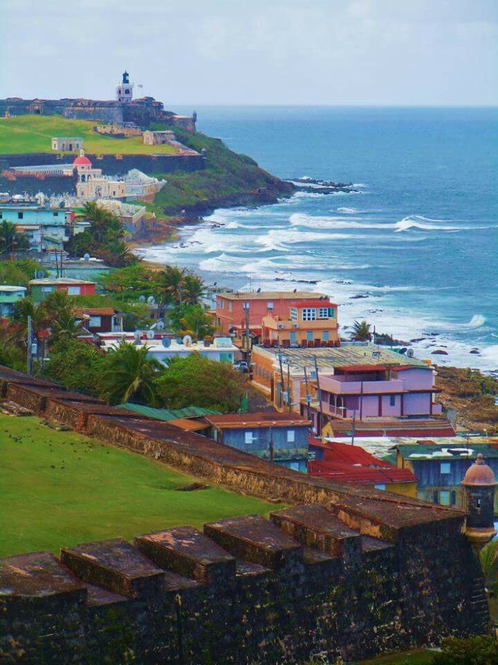 Comunidad La Perla.    Viejo San Juan Puerto Rico.