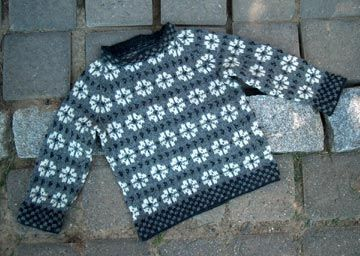 Faroe Blossom Sweater by countrywool, via Flickr