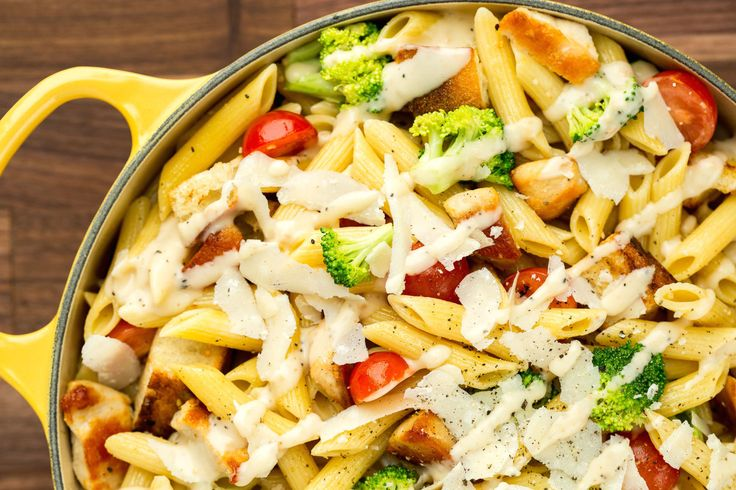 17 Pasta Salads That Will Kill At Your Next Cookout