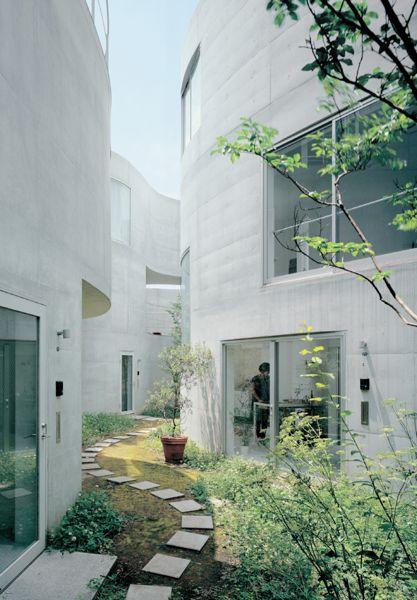 Okurayama apartments - SANAA