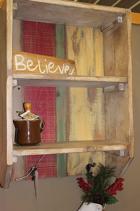 Wood / Pallet, shelfs.