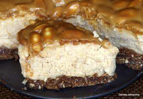 Zdrowo zakręcona: Ciasto Snickers z kaszy jaglanej. Bez pieczenia, bez mąki, bez jajek i nabiału!