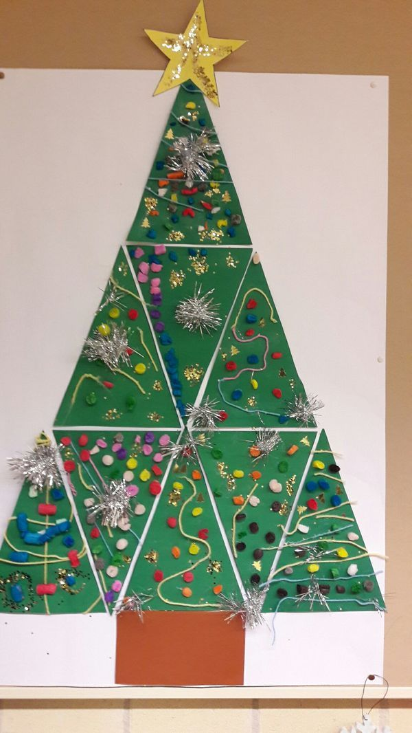 Cute Idea For Using All The Students Work Christmas Art Christmas Tree Crafts Christmas Kindergarten