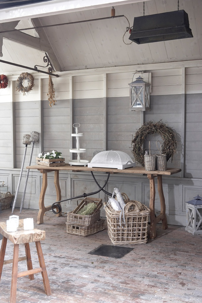 Outside rustic decor