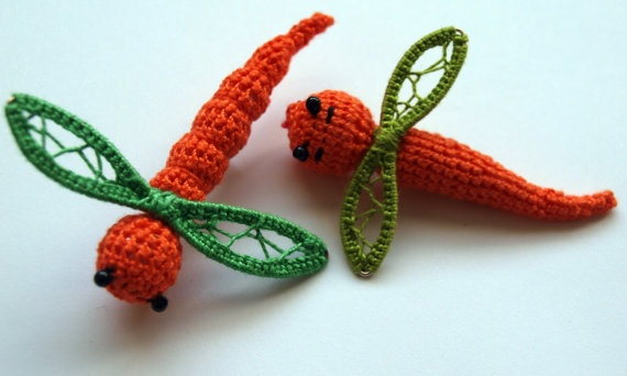 Orange Dragonfly Brooches by fauxvijoux on Etsy, €14.20