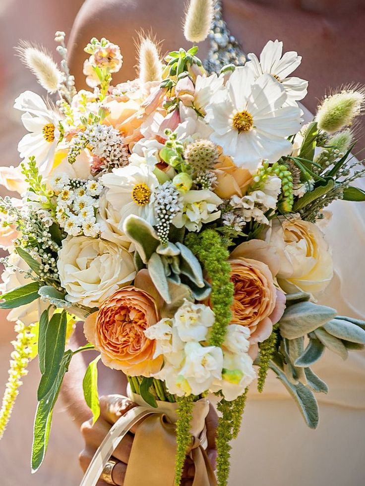 21 Stunning Wildflower Bouquets for the One-of-a-Kind Bride TheKnot.com