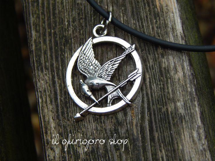 Collana Harry Potter doni della morte/ Hunger Games ghiandaia imitatrice di IlGhirigoroShop su Etsy