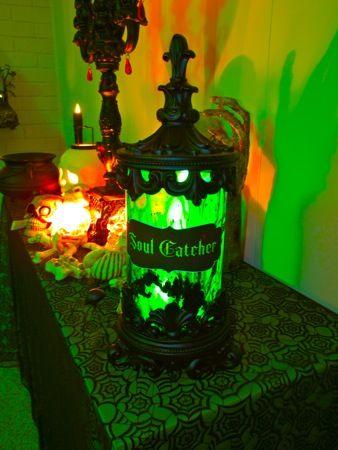 Black light Spirit jar plus many other party pics. Avenue of Horrors: Season of the Witch 2010: Halloween Parties, Catcher Jars, Halloween Decor, Lights Spirit, Spirit Jars, Parties Pics, Black Lights, Soul Catcher, Halloween Ideas