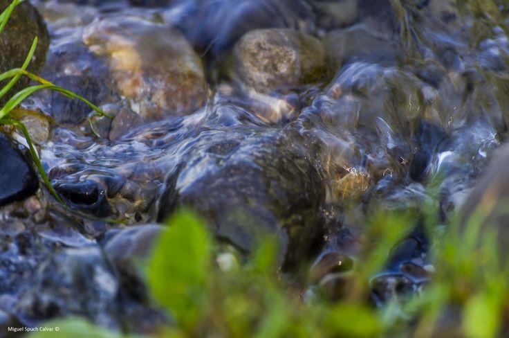 Agua y rocas