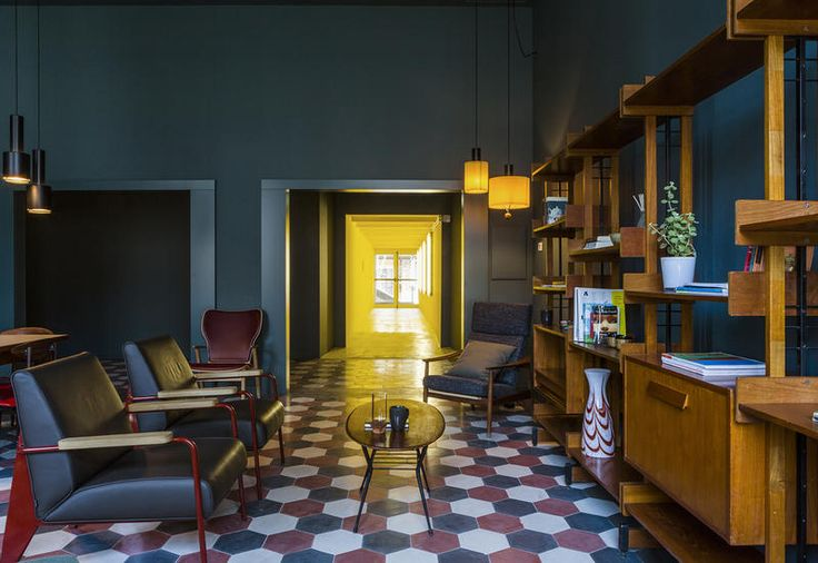 vintage-furniture-casabase-design-hostel-milan