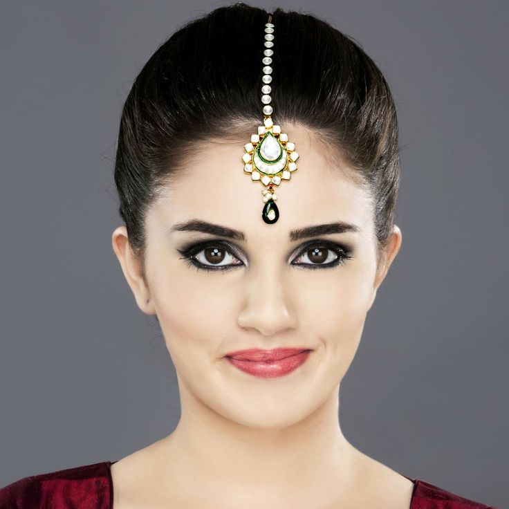 Featuring this gold plated silver based Maang Tikka in our wide range of Hair Accessories. Grab yourself one. Now!Maang Tikka