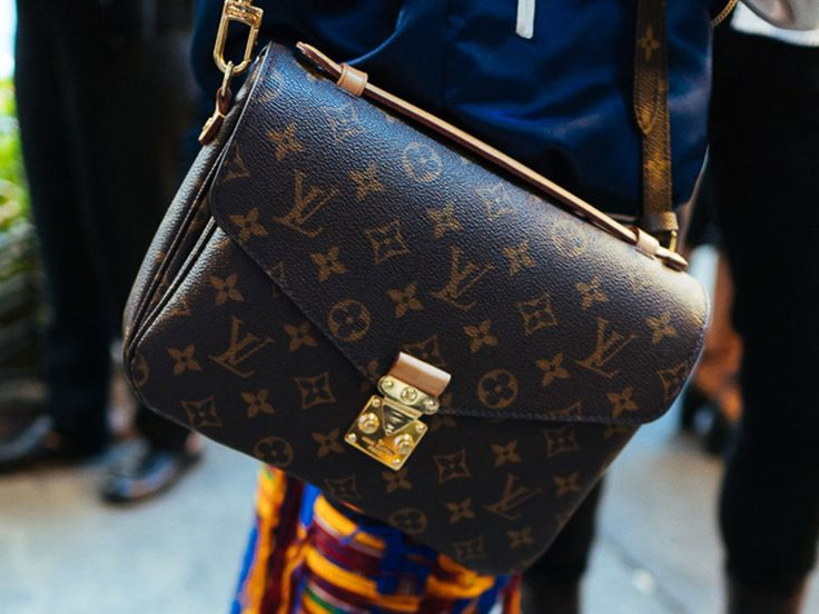 People love to fight on the internet. Old people, young people, people on Facebook and Twitter and in the comments under celebrity Instagrams. In the handbag world, one of the main things people love to fight about is logo bags, and when it comes to that look, there's no brand as closely associated with it …