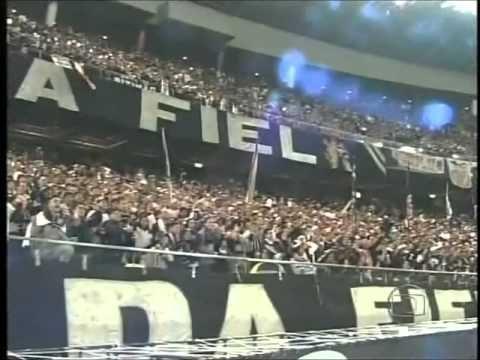 Crazy fans of Corinthians World Cup Japan 2012 FIFA clubs