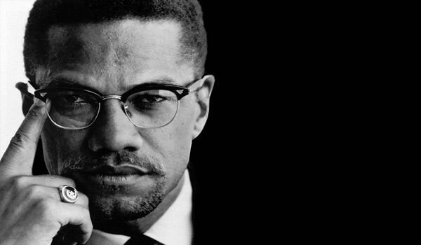 """""""Il faut reconnaître tout être humain, sans chercher à savoir s'il est blanc, noir, basané ou rouge; lorsque l'on envisage l'humanité comme une seule famille, il ne peut plus etre question d'intégration ou de mariage inter-racial"""" Malcolm X"""