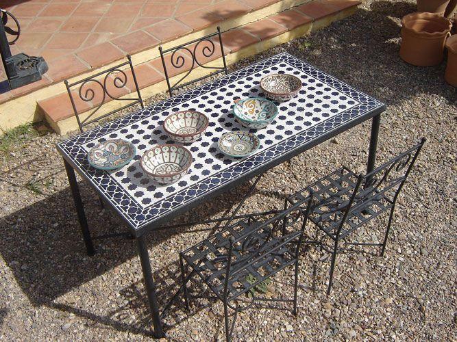 Foto mesas de mosaico y forja 2 mesas terraza for Mesas de mosaico