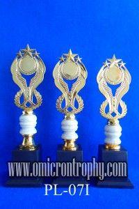 Jual Trophy Piala Penghargaan, Trophy Piala Kristal, Piala Unik, Piala Boneka, Piala Plakat, Sparepart Trophy Piala Plastik Harga Murah Agen Jual Piala Trophy Marmer Murah-PL-07I