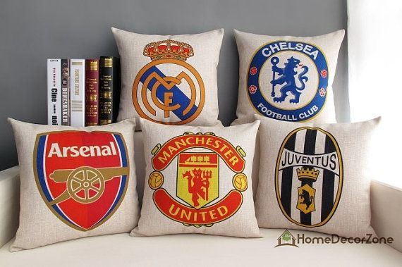 Football clubs throw pillow cover Arsenal FC by HomeDecorZone