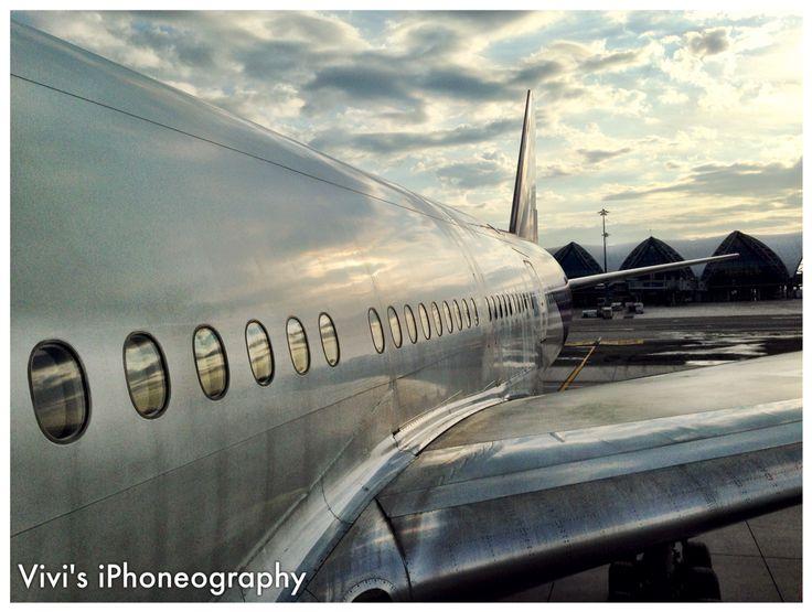 Boarding Thai Airways BKK-DEL