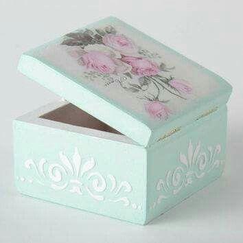 Reciclando cajas con decoupage