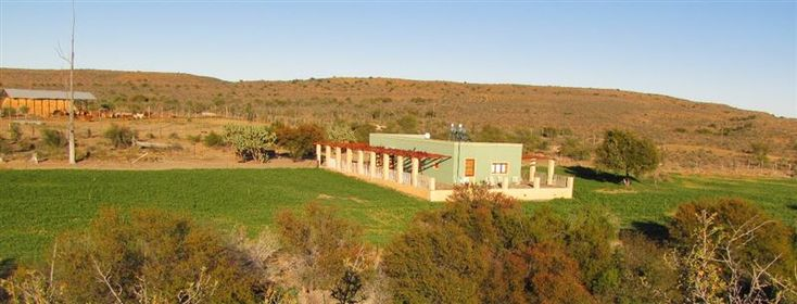 Meyerspoort Karoo Farm - The farm Meyerspoort is located 50 km south of Beaufort West. It offers accommodation in a well-restored and luxuriously furnished old farmhouse on the banks of the Plaatjies River. The house offers accommodation ... #weekendgetaways #beaufortwest #southafrica