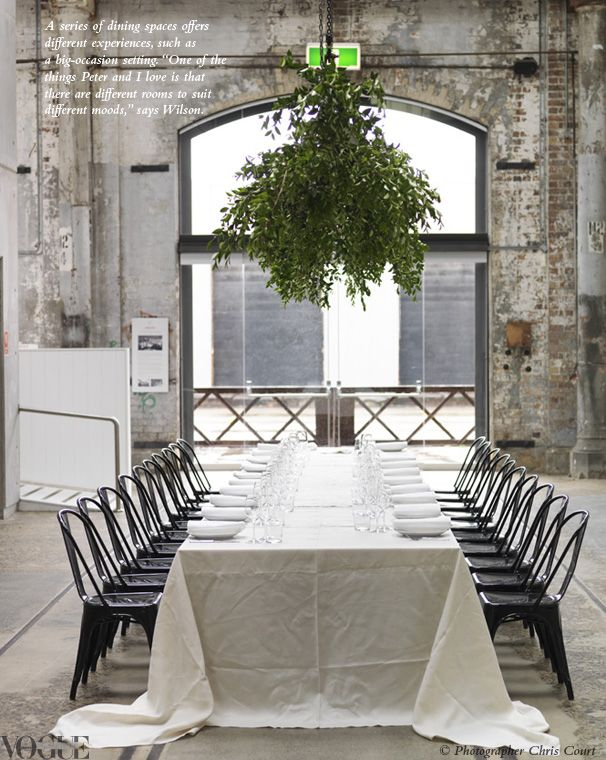 clean dinner party table and foliage overhead #green #camillestylesDecor, Ideas, Industrial Interiors, Cleaning Dinner, Hanging Plants, Minimal Style,  Terraces, Dinner Parties, Long Tables