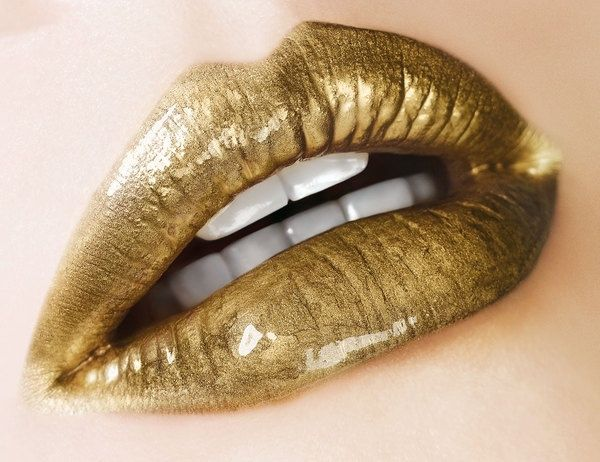Gold Lips. Sexy Lip Pins. Cash For Gold Father Share What We Love Online. #gold #Jewelry # ...