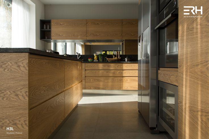 House H3L in Kłodawa, Poland #architecture #design #modernarchitecture #dreamhome #home #house #modernhome #modernhouse #moderndesign #homedesign #homesweethome #scandinavian #scandinaviandesign #lifestyle #stylish #kitchen #interior #interiors #homeinterior #pastel #minimalism #woods #comfortzone #cozy  #white #decor #openspace #ecoreadyhouse #erh